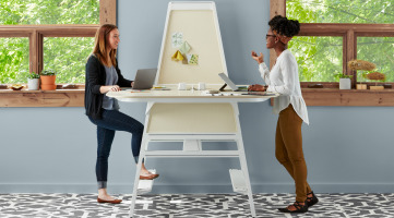 Steelcase Bivi standing height collaborative workstation