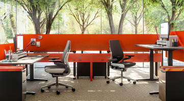 Steelcase workstations with Answer Fence