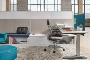 Steelcase Height Adjustable Workstation with Answer Panels