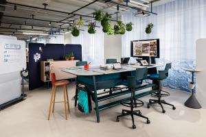 turnstone bivi bar height desk unit with monitor